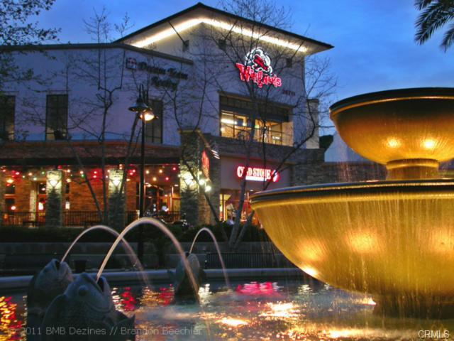 4 Benchmark Aliso Viejo  Aliso Viejo Town Center is filled with boutique stores, shops, r