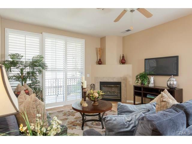 Benchmark Aliso Viejo Welcome Home to this Light, Bright Townhome in Camden Park!