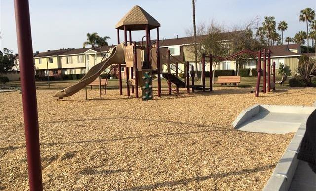 Woolburn Dr Huntigton Beach Community Park