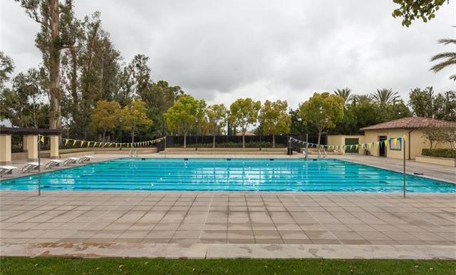 73 Towngate Irvine CA Community Pool