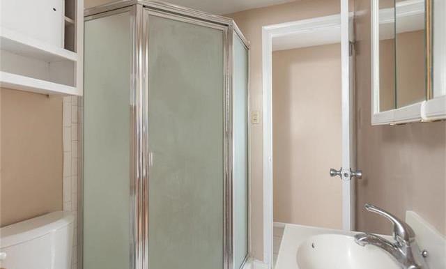 1946 W Lodi Pl Anaheim CA Bathroom 2