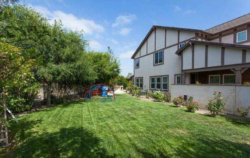 Discover everything that 19 Magnolia Dr in Ladera Ranch in California has to offer you and your family and why it should be your home.