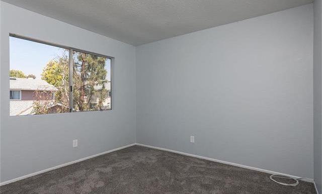 36 Monroe #44 Bedroom