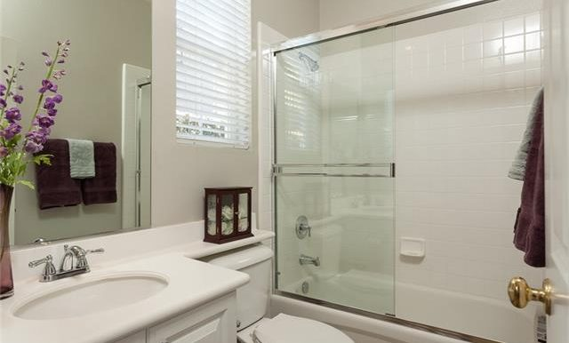 16-thornhill-st-ladera-ranch-bath-2
