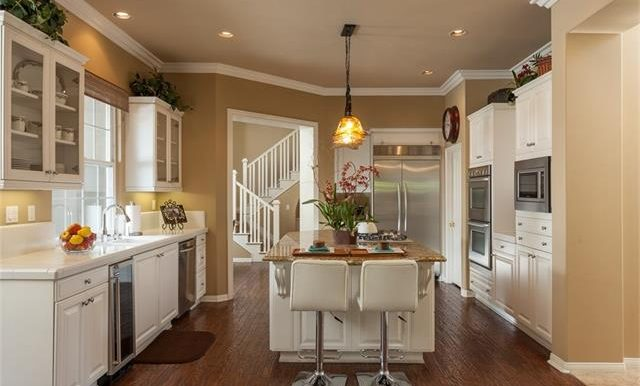 16-thornhill-st-ladera-ranch-kitchen-view-3