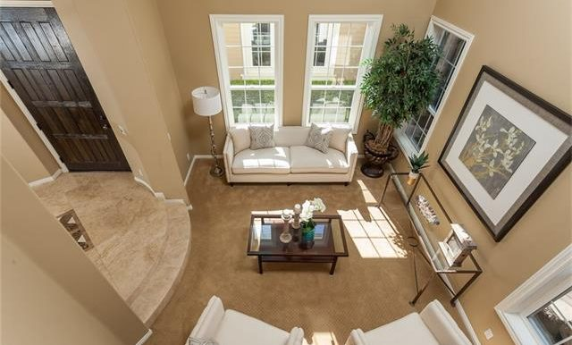 16-thornhill-st-ladera-ranch-living-room-view