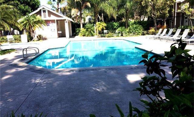 170 Monroe Irvine Community Pool