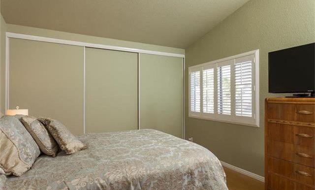 170 Monroe Irvine Master Suite