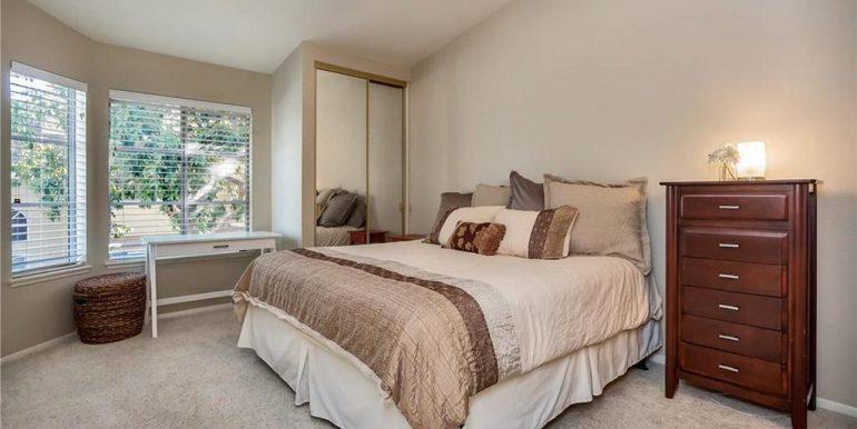 26236 Morning Glen Lake Forest Bedroom