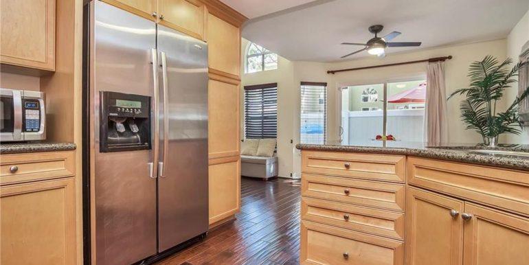 26236 Morning Glen Lake Forest Kitchen 4
