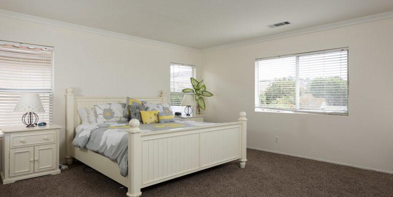 26242-paseo-toscana-master-bedroom