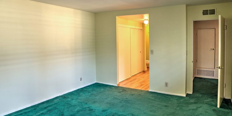 2420-lesparre-way-bedroom-2