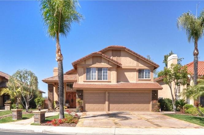 21851 Las Nubes Dr Rancho Santa Margarita CA