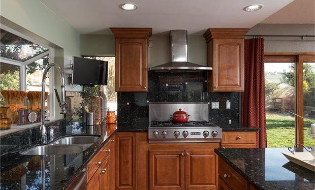 23322 Dune Mear Rd Appliances