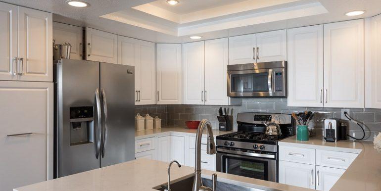 26285 Clover Glen Kitchen Appliances