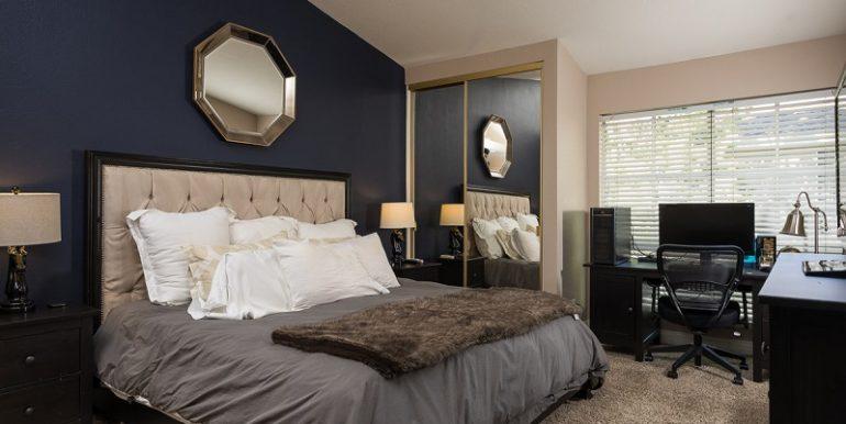 26285 Clover Glen Master Room