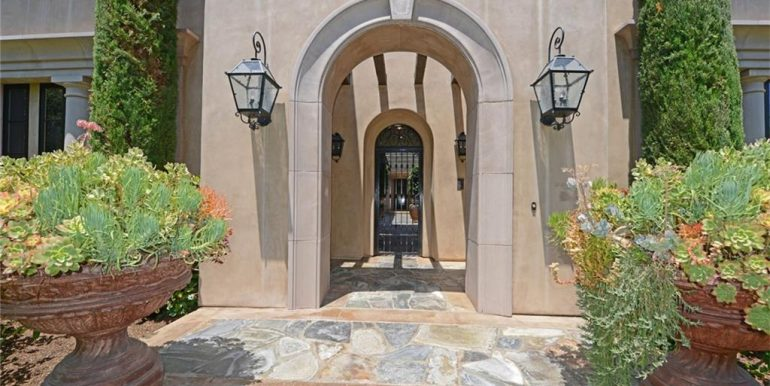 9 San Jose Front Entrance
