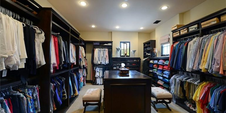 9 San Jose Walk In Closet