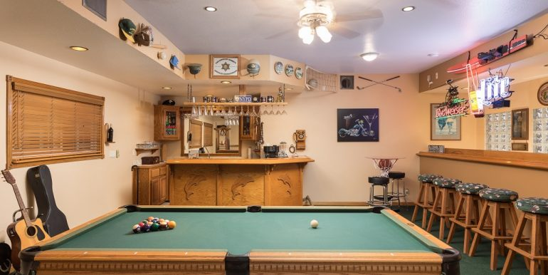 9642 Toucan Ave Fountain Valley Bonus Room