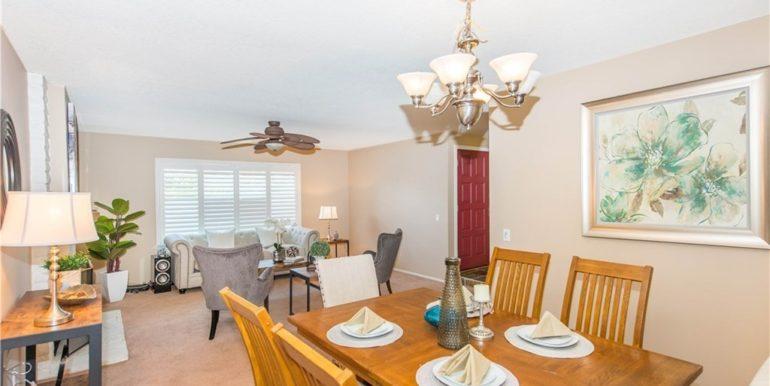 14492 Silverbrook Dinning Room