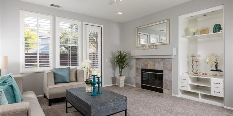 31 Livingston Pl Ladera Ranch Family Room
