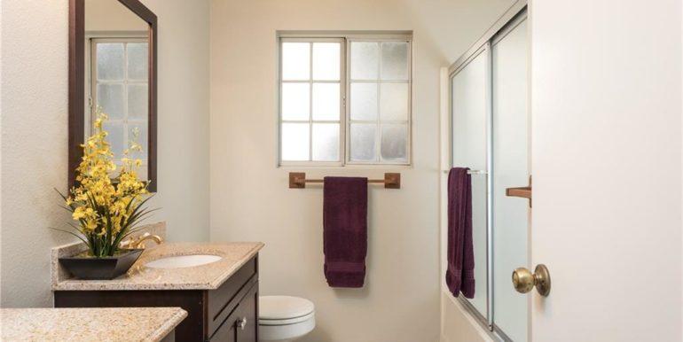 20 Woodbridge Master Bath