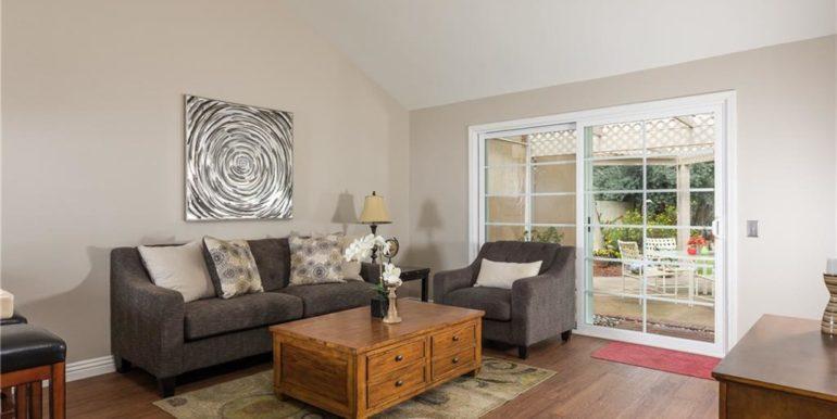 32 Allegheny Irvine Family Room