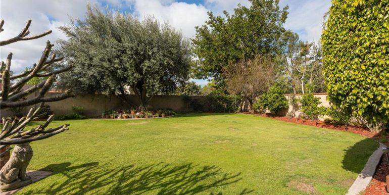 32 Allegheny Irvine Gardening