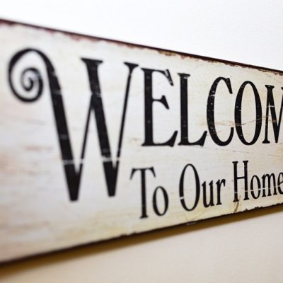 Find the best housewarming gifts for spring that will really make a new house feel like a new home for your friends or family.