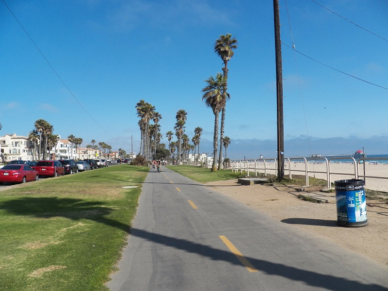 If you're thinking about living in Huntington Beach, there are a few things you may want to know first that will definitely sway your decision.