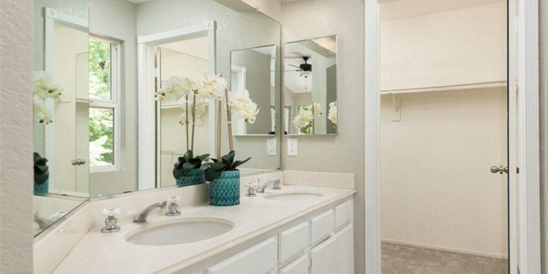 21 Twinberry Aliso Viejo CA Bathroom