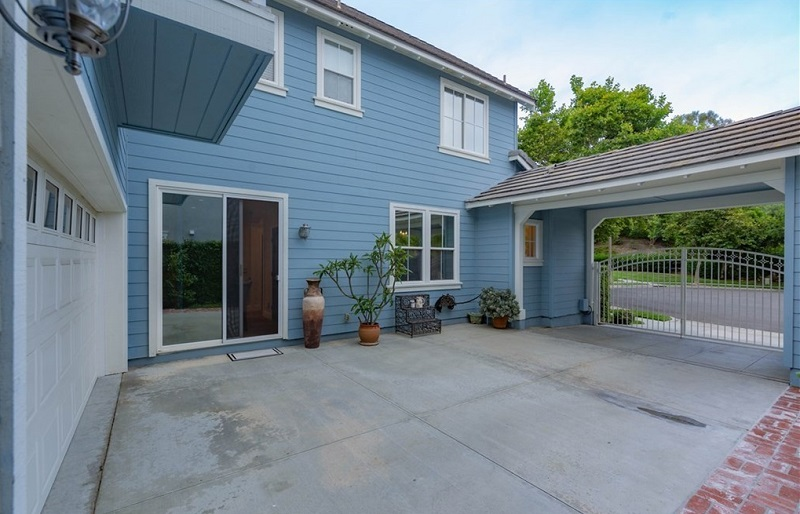 Find what you search for at 7 Vinewood Ln in Ladera Ranch which is one of the most sought after homes in the community of Ladera Ranch.