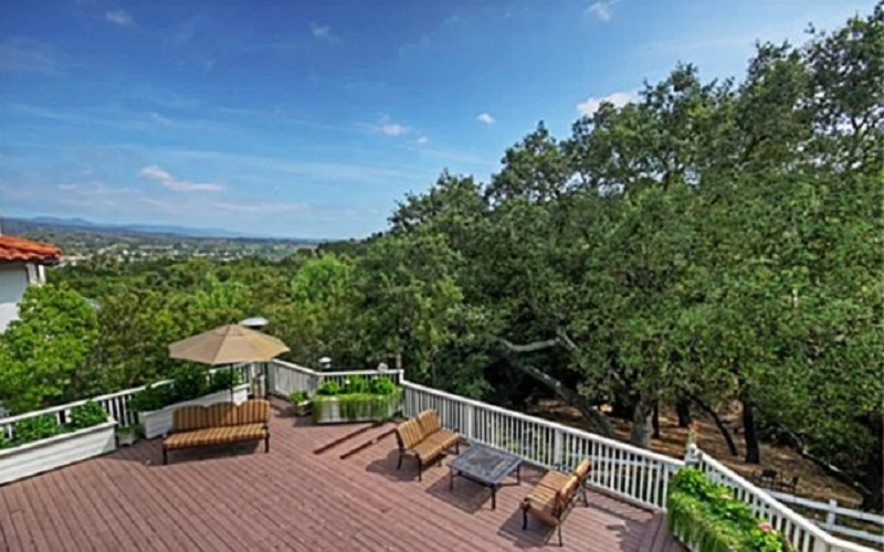 The custom home at 3 Palomino in Coto de Caza in California was designed to be the perfect living space and now it can be yours.