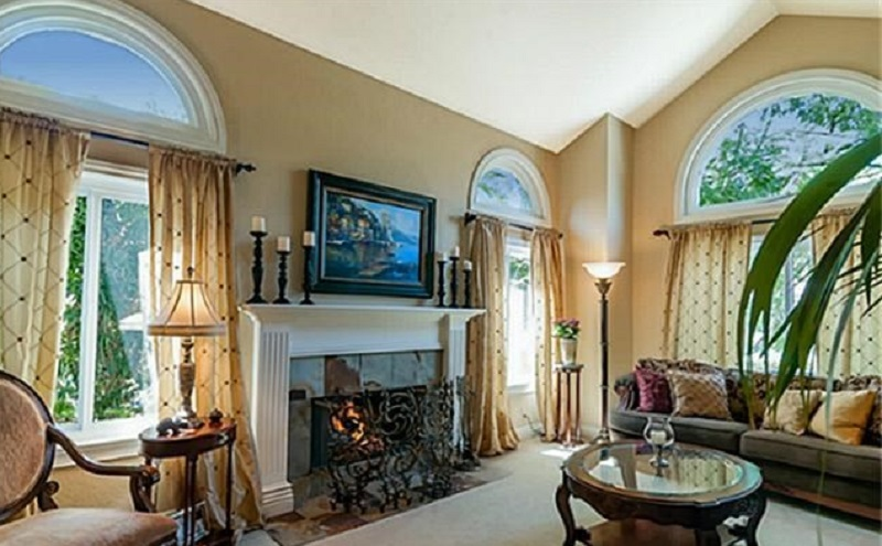 You can discover the magic of 25662 Nottingham Ct in Laguna Hills through the attention to detail that went into building the home.