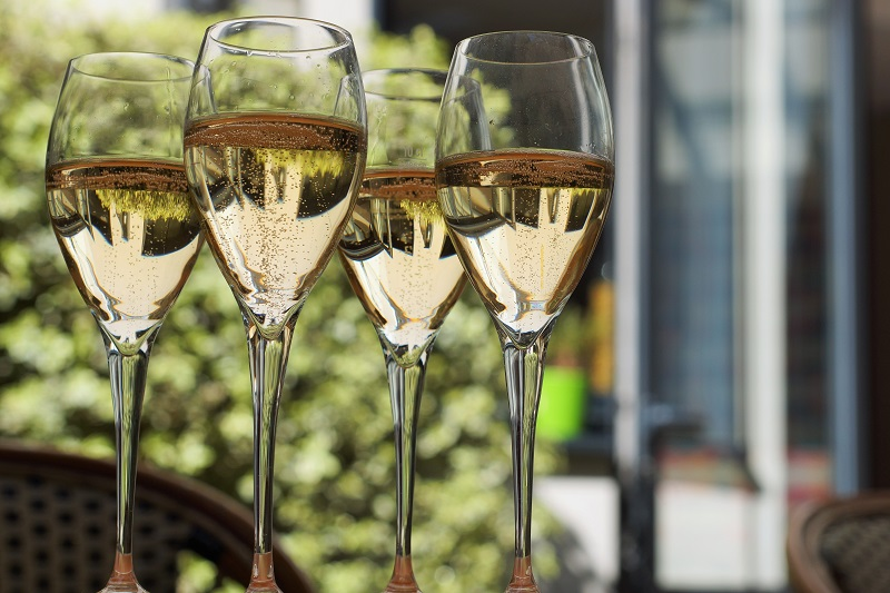 There are so many different New Year's Eve champagne cocktail recipes that you can use for the traditional toast or just for fun.