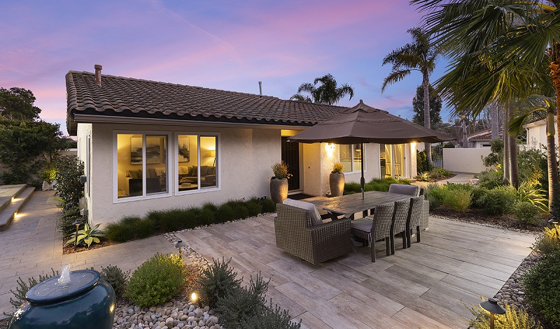 Discover everything that a newly remodeled home in Orange County has to offer at 22991 Via Miramar Laguna Niguel; your new dream home.