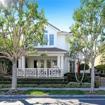 Sandi and Debbie Homes Represent Buyer of 2.2 Million Dollar Newport Beach Estate