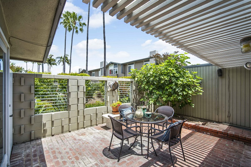 4308 Patrice Rd Newport Beach Back Patio