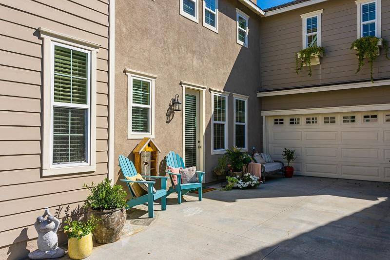 9 Cerner Ct Ladera Ranch CA Front Driveway