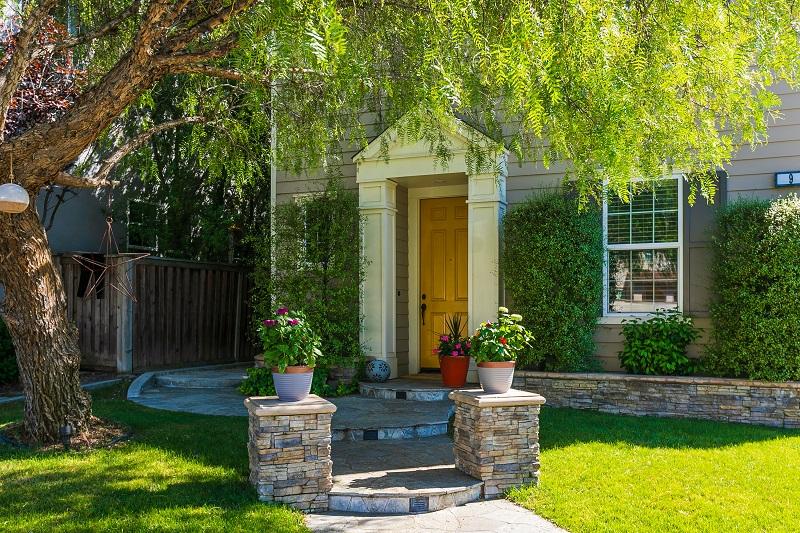 9 Cerner Ct Ladera Ranch CA Front Walk Way