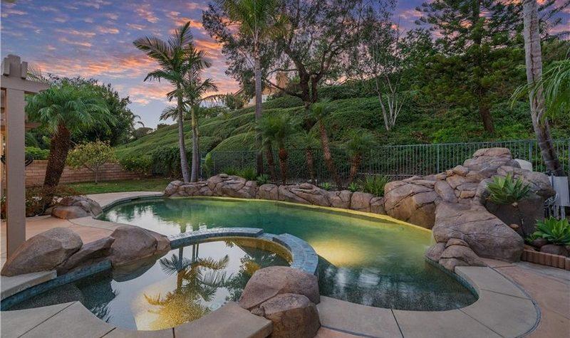 22321 Destello Mission Viejo CA Pool View