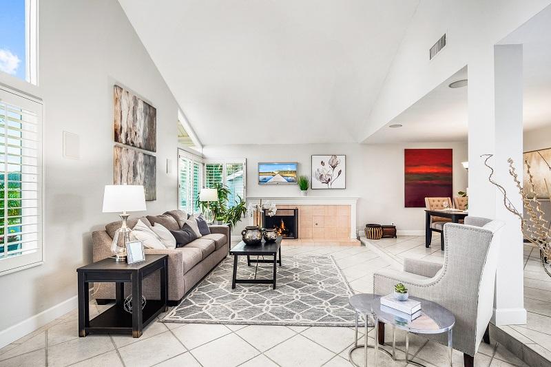 24371 Lake Terrace Ln Lake Forest CA Living Room